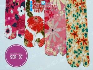 Grosir kaos kaki jempol motif dan kaos kaki wudhu murah 10