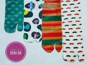 Grosir kaos kaki jempol motif dan kaos kaki wudhu murah 9